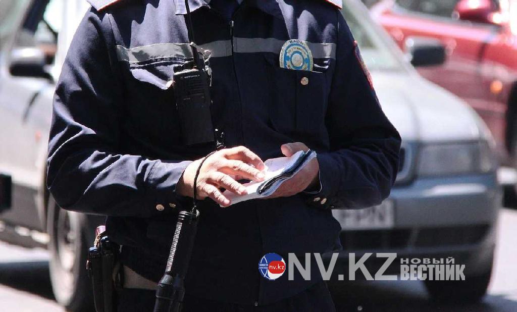 http://nv.kz/files/2020/11/politseyskie_na_ulitsakh_v_ust_040420.jpg