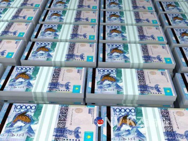 Чиновники Минздрава выписывают себе премии по 15 млн тенге  — мажилисмен