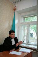 Судье Абжанову предстоит решить, запятнал ли Белоусов честь, достоинство и деловую репутация кадровика.